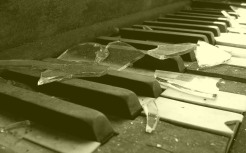 broken_glass_on_an_old_piano__by_letter_of_freedom-d51xop5