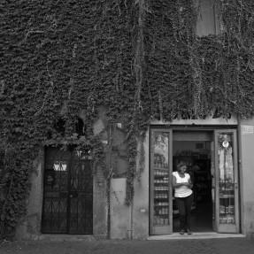 Trasteverebio is an organic shop in one of Trastevere's narrow alleys. Rome2013