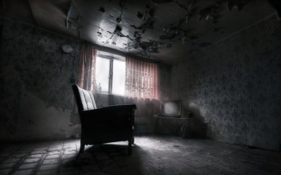 abandoned-house-horror-dark-furniture-fantasy-15169-resized