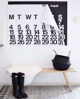 stendig_calendar_2018_7_1024x1024
